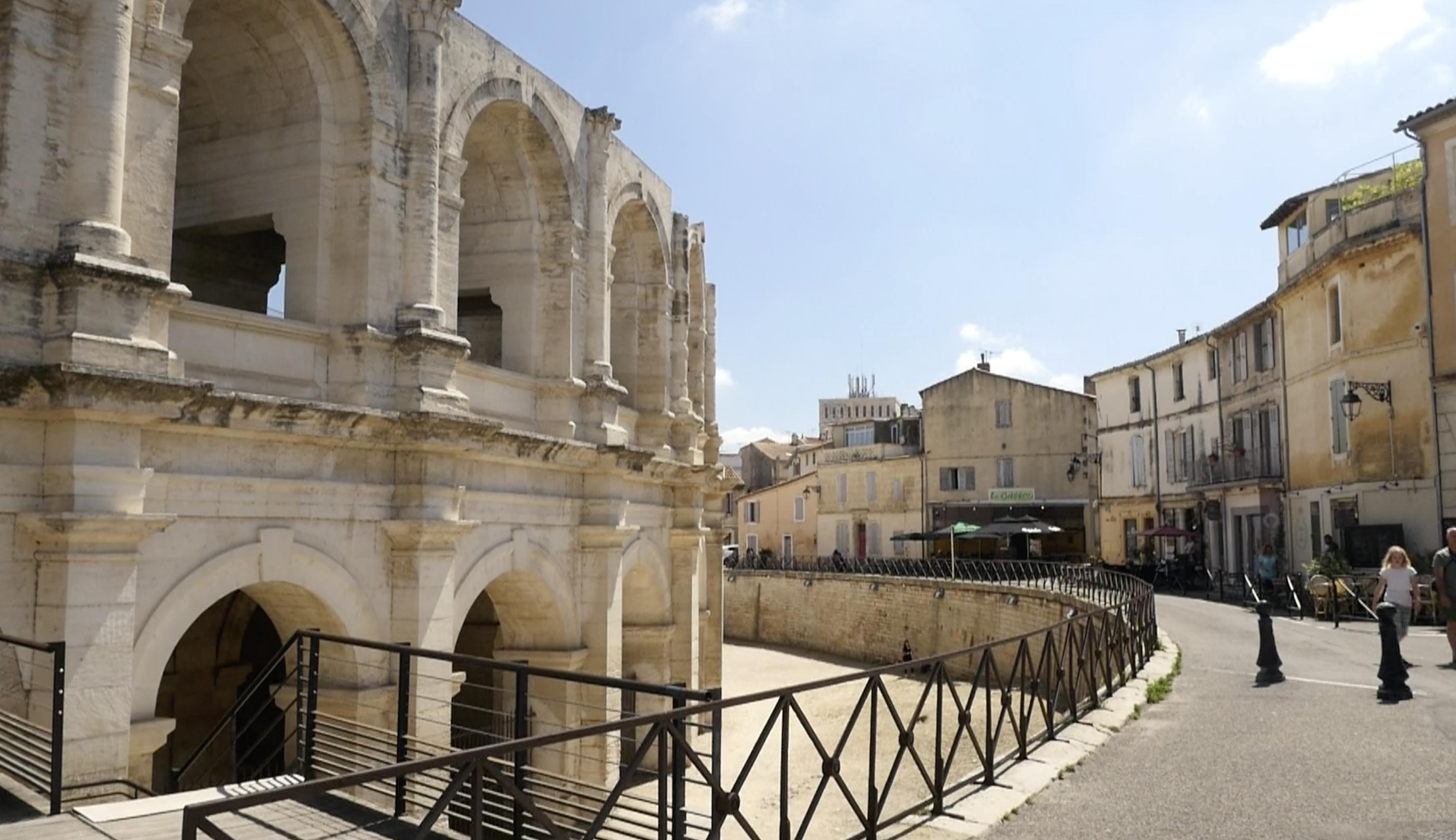 Arles : Lancement d'une nouvelle navette du centre-ville 100% électrique