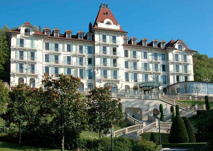 ecomnews le groupe lavorel hotels rach te le palace de menthon en haute savoie. Black Bedroom Furniture Sets. Home Design Ideas